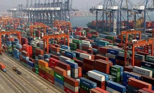 国外码头空柜塞港