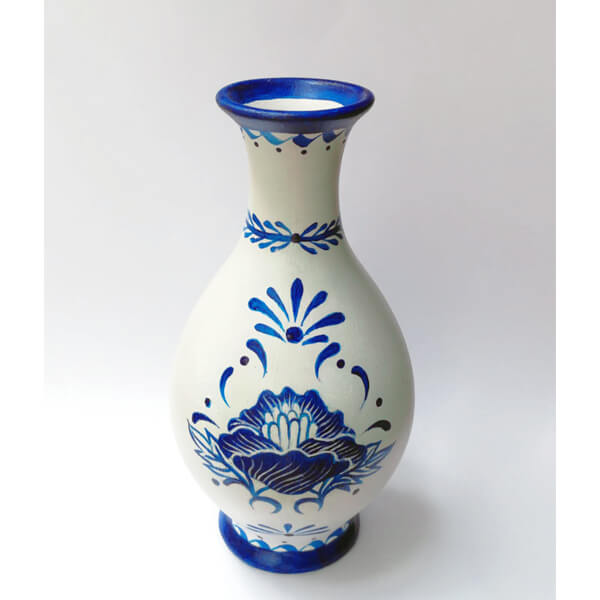 瓷器,陶瓷瓶瓶罐罐属于易碎品